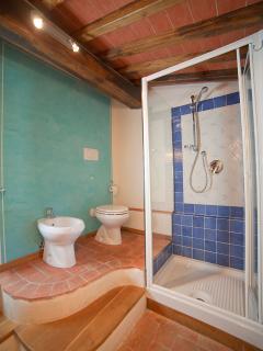Pilu's apartment second bathrooms