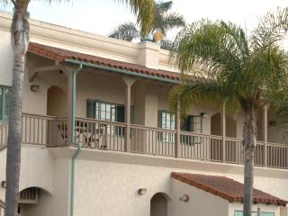 Newley Remodeled & Near the Beach, Carpinteria
