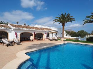 Stunning Villa with beautiful Tosca stone decor, Javea