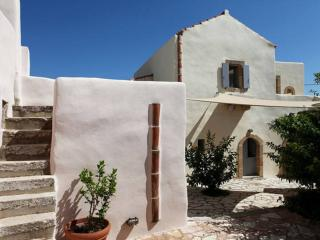 Luxurious Residence in village, Kythira Town