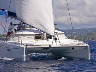Croisière Antilles catamaran Lavezzi 40, Le Marin
