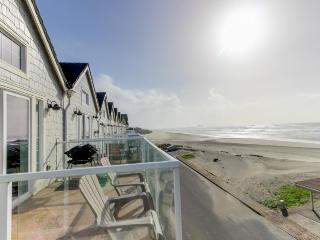 Dog-friendly, oceanfront home w/ two balconies, beach access & pool table!