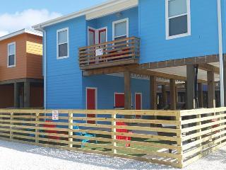 """New Stilt Home """"Oceans 11"""", Port Aransas"""