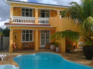 Comfortable villa for rent at FLIC en FLAC, Flic En Flac