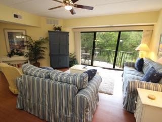 Forest Beach Villas, 323, Hilton Head
