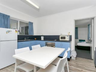 COCOS HOLIDAY APARTMENT 5 FOR DEFENCE & EMERGENCY SERVICE MEMBERS