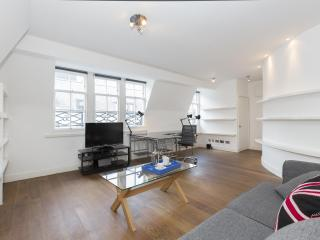 onefinestay - Berners Street apartment, Londen