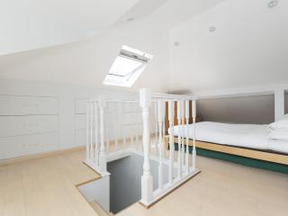 onefinestay - Canning Place apartment, London