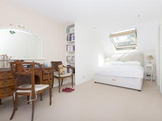 onefinestay - Glendarvon Street  apartment, Londres