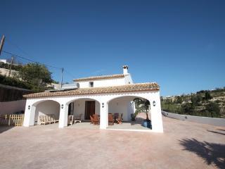 Finca La Verema - holiday home with private swimming pool in Benissa