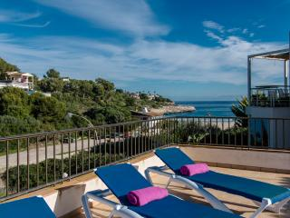 Modern apartment for 6 people in Cala Mandia, 100 m from the beach. Ideal for a family on holiday searching for sun and beach - HM010BEX