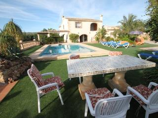 Sant Miquel - rustic and traditional spanish stone house in Costa Blanca, Moraira