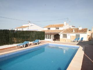 Finca Noa - family-friendly holiday house in Teulada