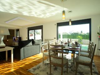 Modern villa for 6 people ideal for special or romantic holidays - HM010LPR, Llucmajor