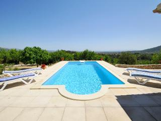 Beautiful and traditional country house with pool for 8 people with stunning mountain views - HM010SOL, Selva
