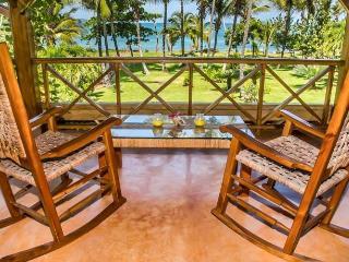 Villa Flamboyan - Ocean Front, Las Galeras