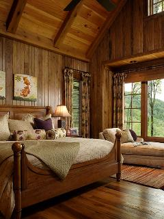 Grand master Bedroom Suite