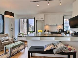 Downtown Luxury Condo Best Location, Montreal