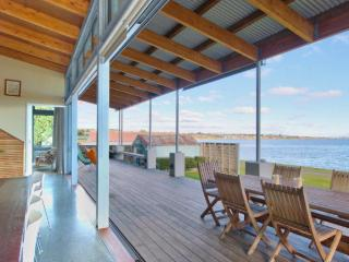 Lake Terrace Taupo - Amazing Accom