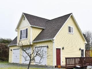 Azalea Haven - Brand New & Very Nice 1 Bedroom Retreat in Quiet Neighborhood, McKinleyville