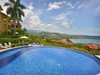 Stay 7 nights, Pay 5 at this Luxurious Penthouse w/Incredible view!, Herradura