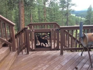 LUXURY 6 BR HOME LOCATED MINUTES FROM CHAIR LIFT