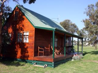 Aussie Golf Ranch - Old Mill Cottage, Cowes