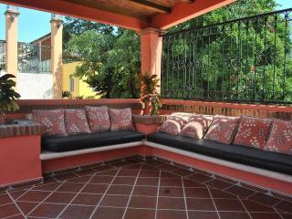 Villa Annaida in the center with private pool, Playa del Carmen