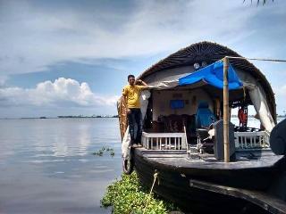 Two bedroom Kerala Houseboat, Alappuzha