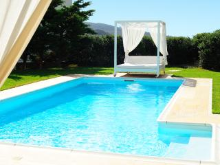 Luxurious Cycladic Villa With Private Swimming Pool, Andros - SPECIAL OFFERS