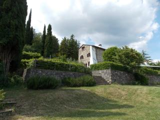 Villa Montepoli, Scarperia e San Piero