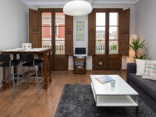 SUNNY APARTMENT IN GRACIA!, Barcelona