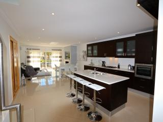 Palmyra CD 111, 4 Bed in a prestigious resort, Vilamoura