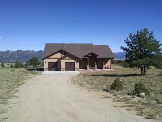Gorgeous Mountain Home, 360 Views, Wifi, Hot Tub, Buena Vista