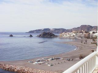 Apartamento nuevo primera linia de playa, Almuñécar