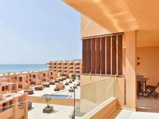 BIG HOUSE Playa den Bossa Sea View!, Sant Josep