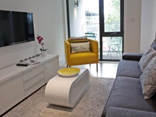Luxury Portobello Apartment BR229