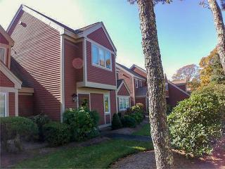 Ocean Edge Resort Condo 2 Level, 2 Br, Central AC, Brewster