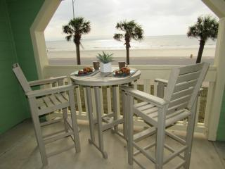 Beautiful Beachfront 2 Bdrm @ the Dawn Condos