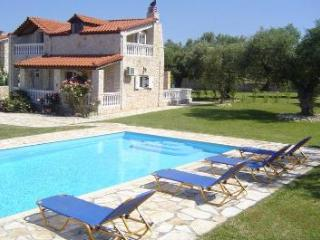 Villa Kathleen - 2 bed Villa with swimming pool, Lithakia