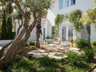 Amazing Villa In Caecarea