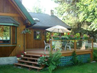 Lakefront  suite on Kootenay Lake for 2 persons, Nelson