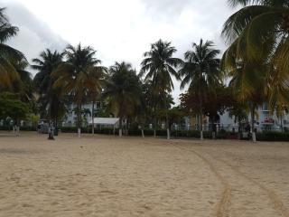 NEW BEACHFRONT APARTMENT IN THE HEART OF OCHO RIOS