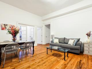 2 Bedroom Renovated in the Heart of NYC, New York City