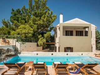 Phaistos Villas - Villa Erato. Tranquil, with uninterrupted views and pool.