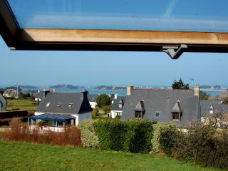 """Gîte """"La Rose Saint-Claude"""", vue sur mer, Bretagne, Penvenan"""