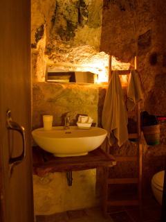 Bagno in grotta, Donna Vannuzza