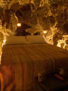 Casa Donna Nina, camera in grotta