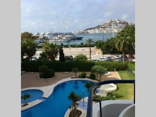 Wonderful apartment in Ibiza with great sea view, Ibiza Town