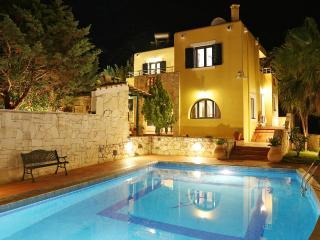 Villa Nafsyka  Pano Stalos Chania Kreta